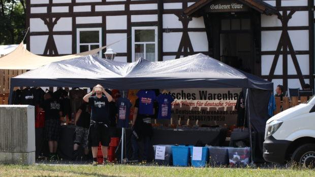 Rechtsrock-Festival: Tommy Frencks Gasthof in Kloster Veßra am Freitag © Henrik Merker