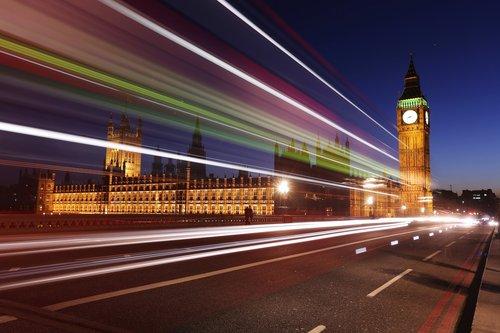 Warum Londons Obdachlose auf Nachtbusse ausweichen