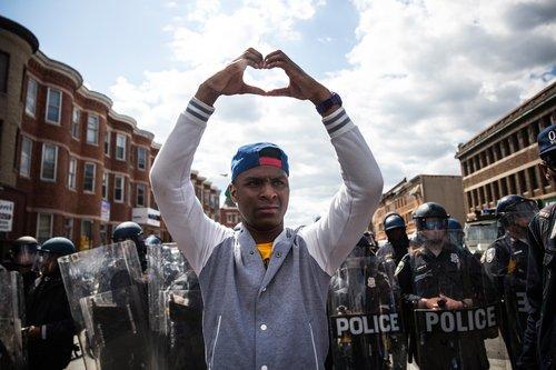 Wenn Polizeigewalt dein Leben zum Hashtag macht