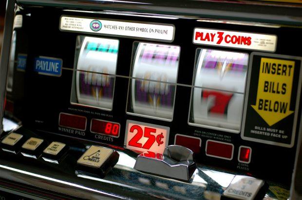 Hacker tricksen Glücksspielautomaten aus