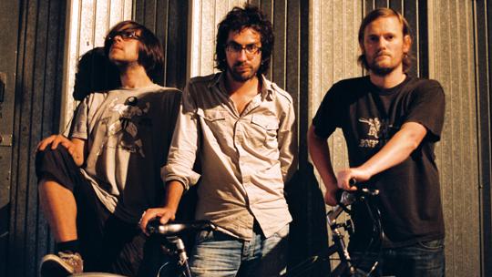 Beak> mit Bike, Geoff Barrow ganz rechts (© Cargo Records)