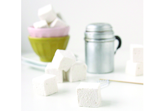 Homemade Marshmallowshttp://www.thefauxmartha.com/2012/12/20/homemade-marshmallows/